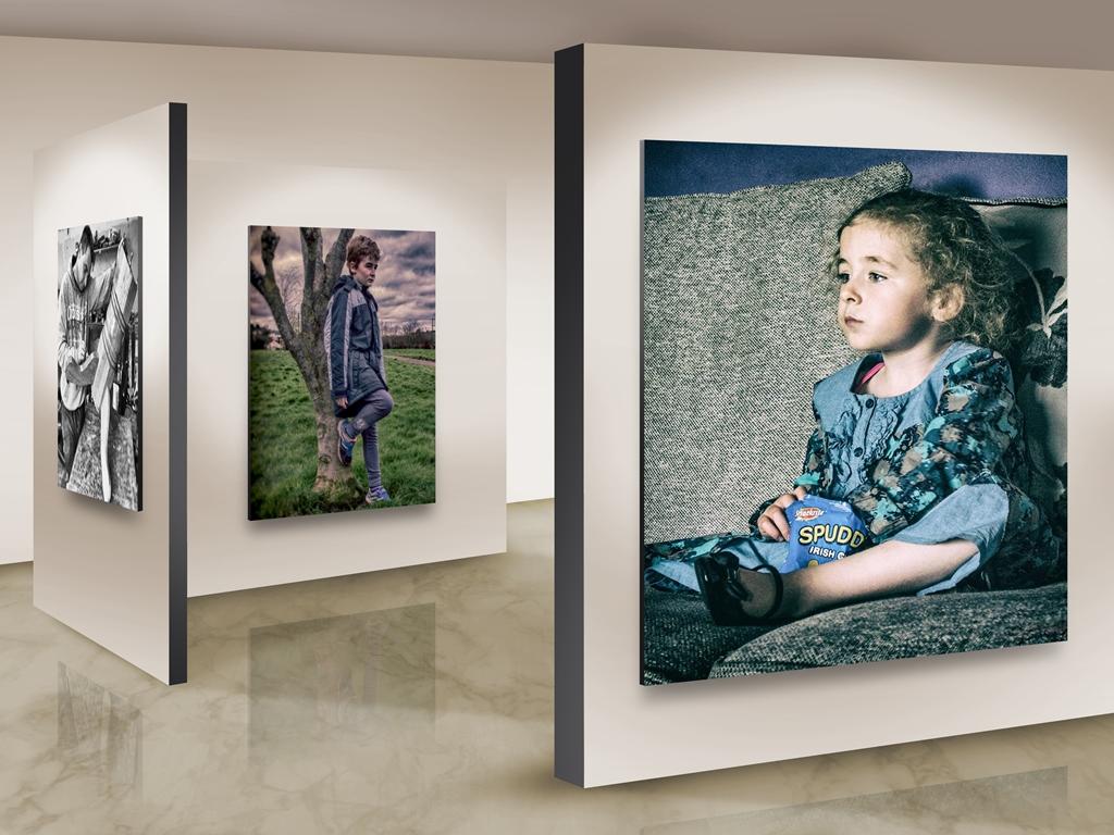 Photo Frames On Art Wall 4 sm